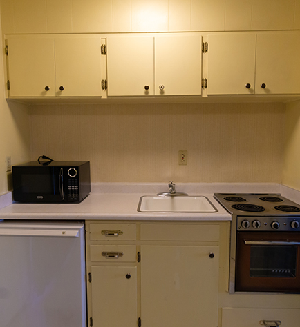 OUR SUITES FEATURE FULL KITCHENS